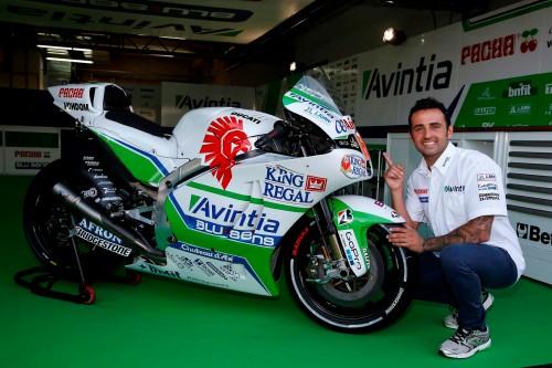 Héctor Barberá con su nueva Ducati de Avintia
