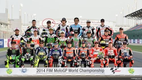 Foto oficial de MotoGP 2014, con siete pilotos españoles: Héctor Barberá, Álvaro Bautista, Aleix Espargaró, Pol Espargaró, Jorge Lorenzo, Marc Márquez y Dani Pedrosa