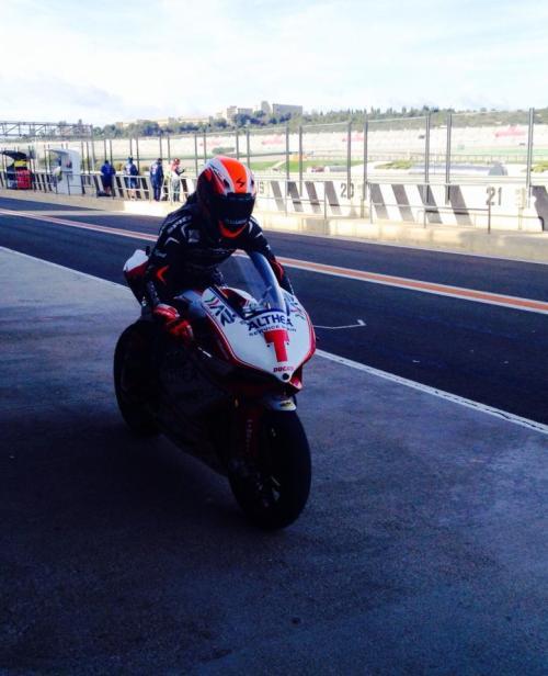 Nico Terol con la Ducati de Superbike del Team Althea en Cheste